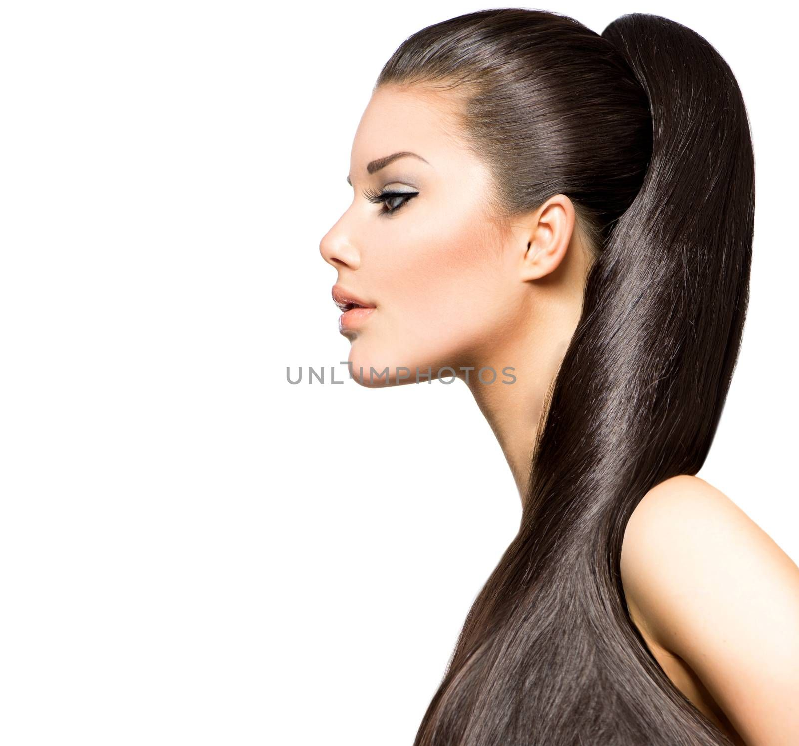 Ponytail Hairstyle. Beauty Brunette Fashion Model Girl