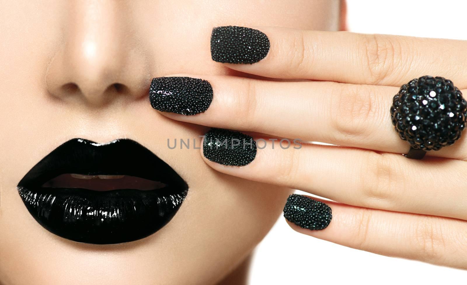 Black Caviar Manicure and Black Lips. Fashion Makeup