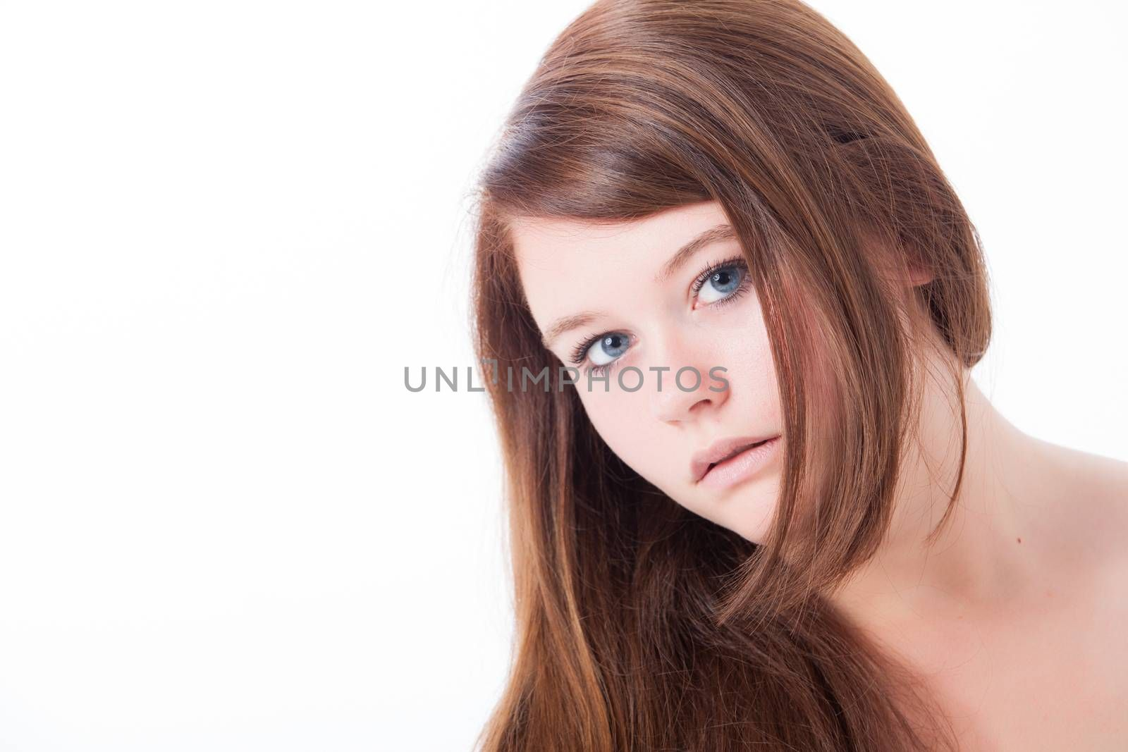 Young beauty woman whith a clear natural skin